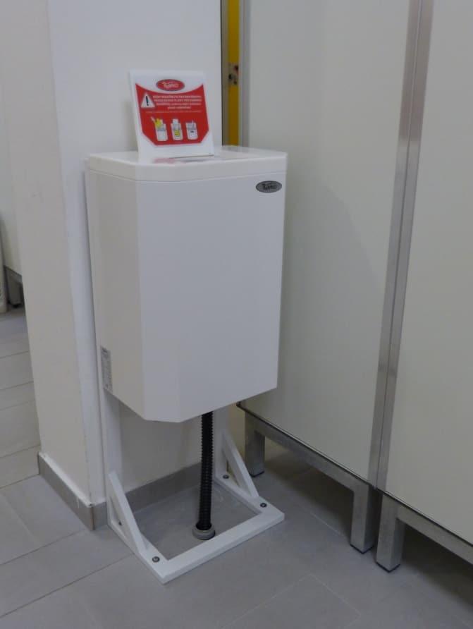 Uscator rotativ costum de baie
